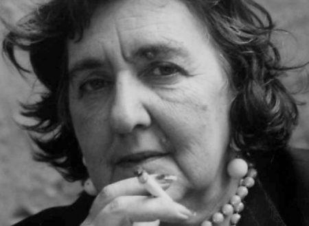 """Alda Merini: """"perché vivi per chi ami e per chi ti ama"""""""