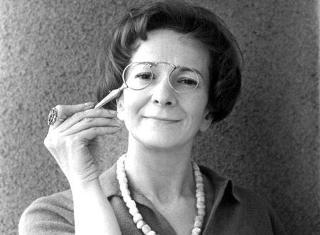 """""""Scrivere un curriculum"""": l'ironica e amara poesia di Wisława Szymborska"""