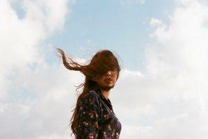 """""""Ti meriti un amore"""": la meravigliosa poesia di Estefania Mitre"""