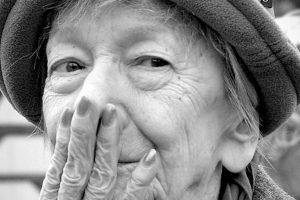 """Addio a una vista"": una poesia di Wisława Szymborska"