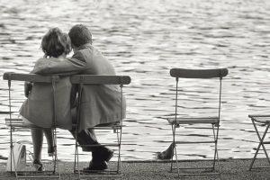 """""""Stringiti a me"""": la meravigliosa poesia di Gabriele D'Annunzio"""