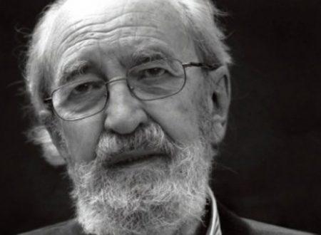 """""""Ti chiamano avvenire"""": la bellissima poesia di Ángel González"""