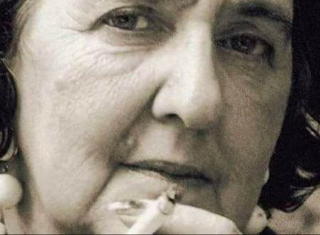 """""""Non si ama con il cuore"""": una poesia di Alda Merini"""
