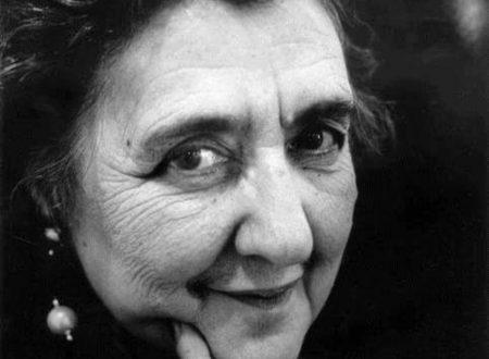 """""""Semplicità"""": la splendida poesia di Alda Merini"""