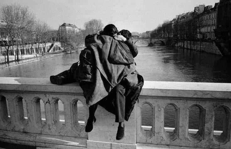 """""""Un giorno, all'improvviso"""": la meravigliosa poesia di Caterina Turroni"""