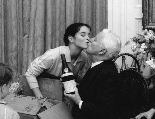 """""""Il sole per fortuna splende per tutti"""": la meravigliosa lettera di Charlie Chaplin alla figlia Geraldine"""
