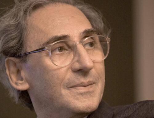 """""""Accetta il consiglio"""": il bellissimo monologo di Franco Battiato"""