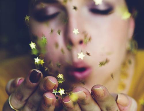 """""""Fatti magia ogni volta che ne avrai bisogno"""": una poesia di Catherine Black"""
